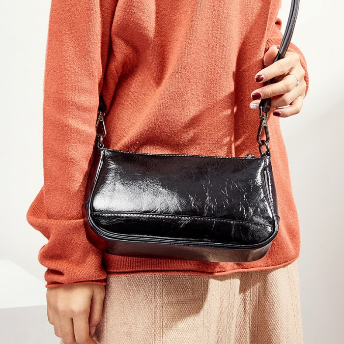Brand-new-classic-cowhide-crossbody-handbag-CHB091-1