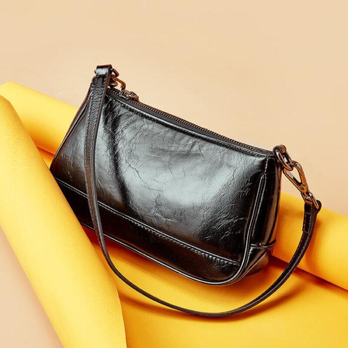 Brand-new-classic-cowhide-crossbody-handbag-CHB091-2