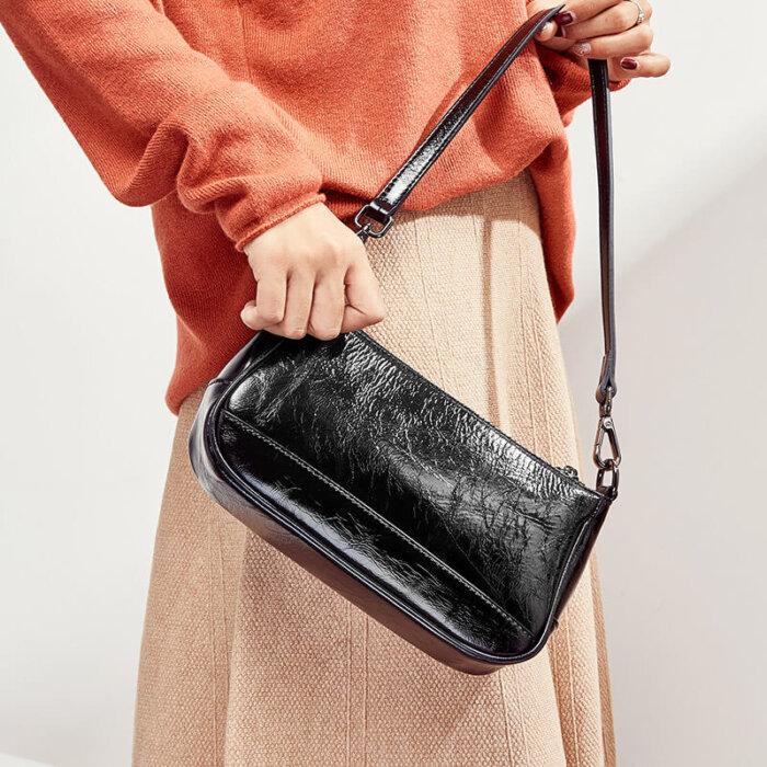 Brand-new-classic-cowhide-crossbody-handbag-CHB091-3