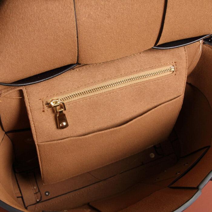 Brand-new-cowhide-handbag-CHB047-3