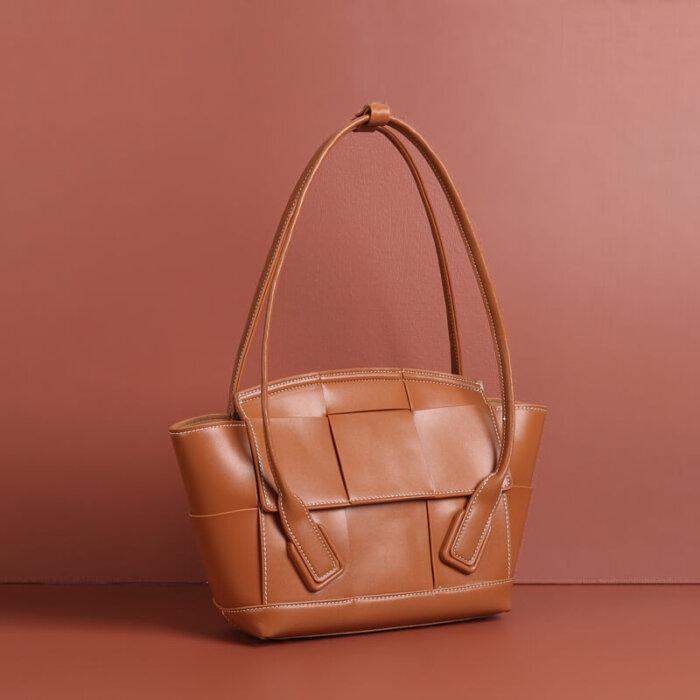 Brand-new-cowhide-handbag-CHB047-6