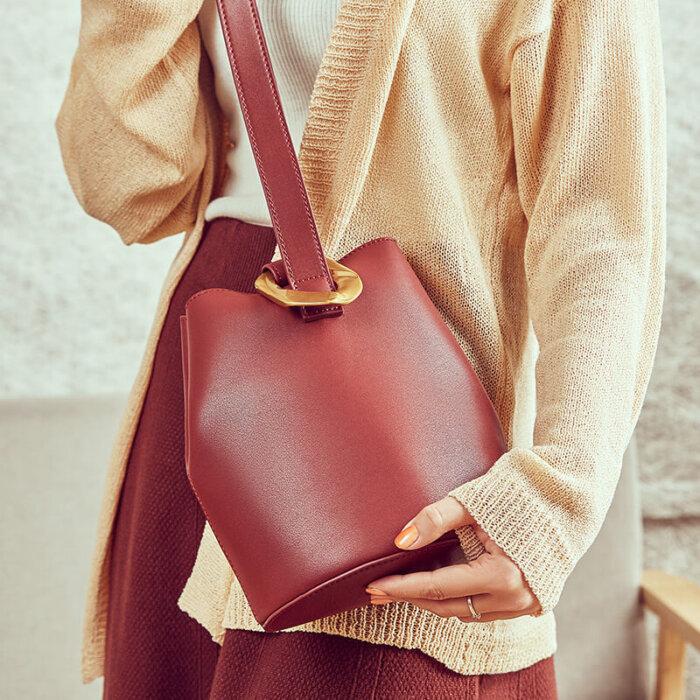 Cattlehide-real-leather-bucket-handbag-wholesale-CHB083-2