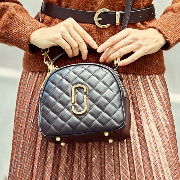 Cowhide-zipper-chain-handbag-wholesale-from-Luisway-CHB076-1