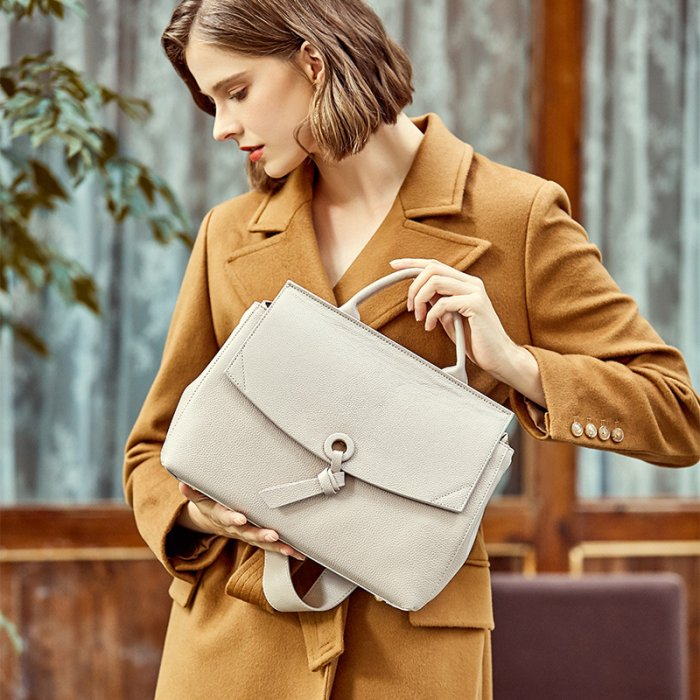 Custom-real-leahter-woman-handbag-CHB100-1