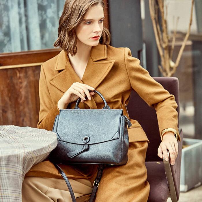 Custom-real-leahter-woman-handbag-CHB100-3