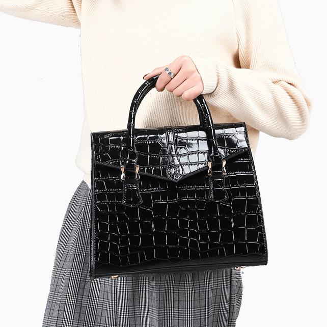 Elegant-wholesale-embossed-alligator-ladies-hand-bags-HB055-6