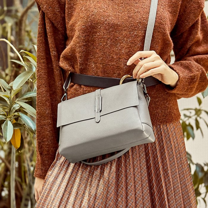 Europe-brand-new-cowhide-little-handbag-CHB084-2