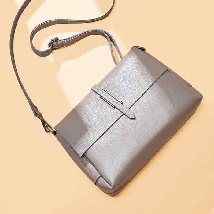 Europe-brand-new-cowhide-little-handbag-CHB084-4