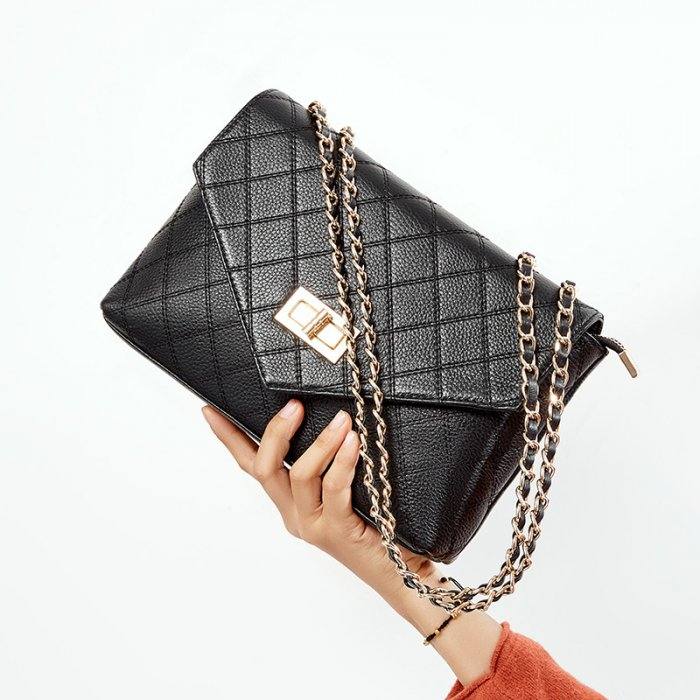 Fashion-chain-cowhide-crossbody-bag-wholesale-CHB063-2
