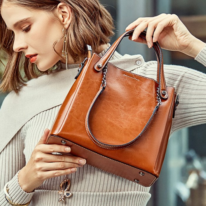 Fashion-vintage-genuine-leather-handbag-CHB033-1