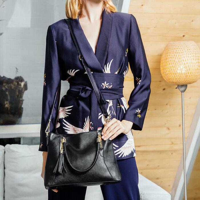 Genuine-leather-wholesale-tassel-handbag-CHB071-2