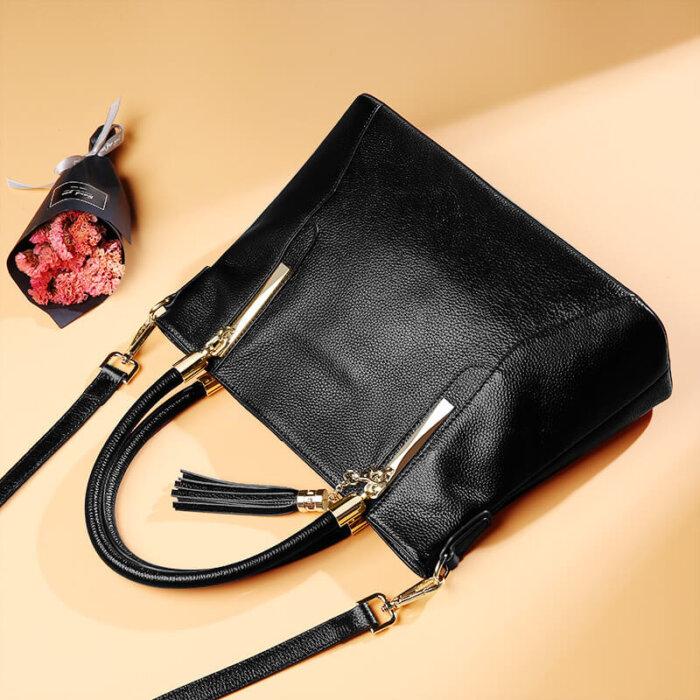 Genuine-leather-wholesale-tassel-handbag-CHB071-4