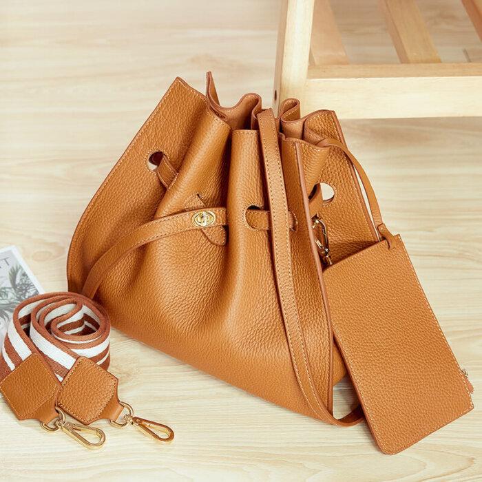 Lady-new-fashion-cowhide-handbag-CHB096-4