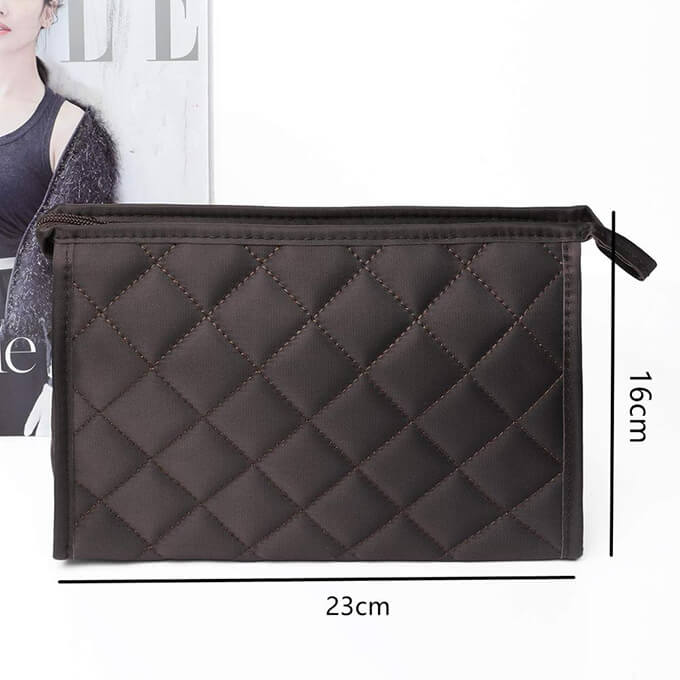 Lady-quilted-style-travel-makeup-bag-cosmetic-pouch-COS054-2