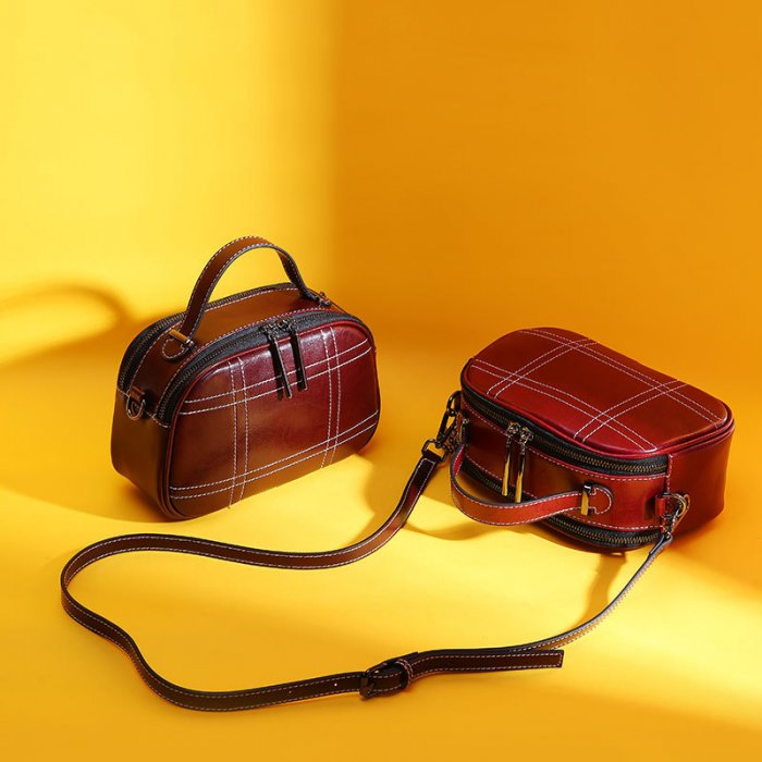 Large-capacity-crossbody-handbag-wholesale-CHB079-3