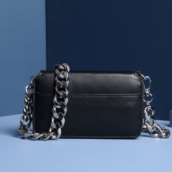 Leather-chain-handbag-wholesale-CHB038-2