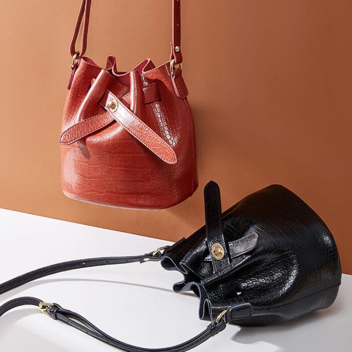 New-alligator-print-cowhide-bucket-handbag-CHB088-2