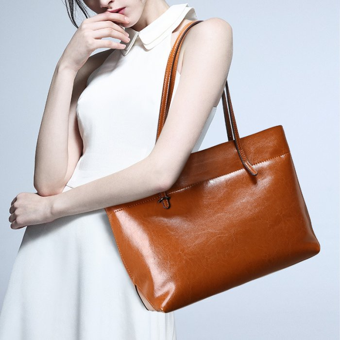Wholesale-fashion-shopping-leather-handbag-CHB034-1