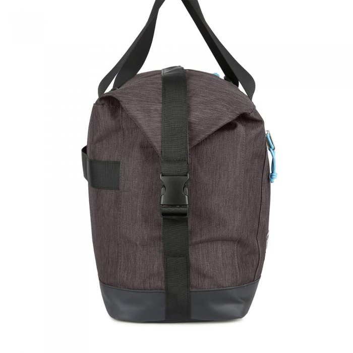 Custom-print-water-resistant-travel-weekend-gym-duffle-bags-DB027-5