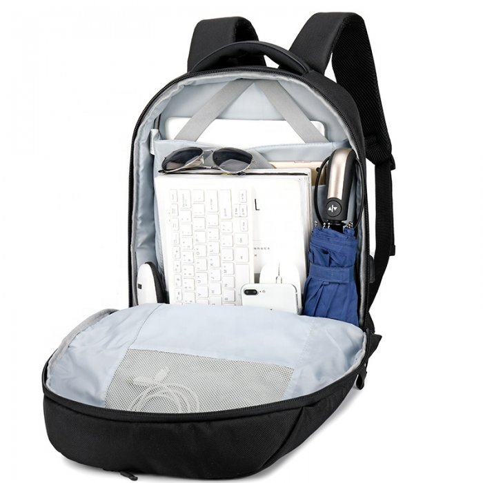 anti-theft-backpack-AT4-2