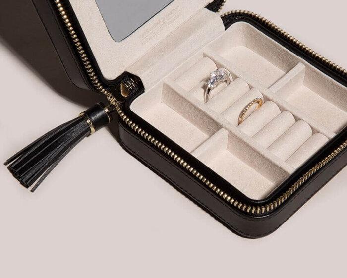 Leather-Jewelry-Zip-Case-Storage-box-JB007-1